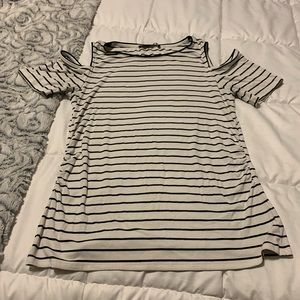 WHBM open shoulder tee size L